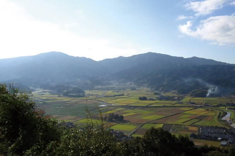 福岡県嘉麻市のふるさと納税を紹介!山と水の恵みが魅力のまち | 俺 ...