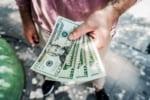 SMBCモビットの金利を下げる方法と、無利息期間なしでも人気の理由