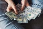 キャッシュレスではなく、あえて「現金払い」にするメリット3選