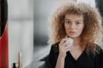 スキンケア化粧品を選ぶ際に参考にしている情報ツールは?
