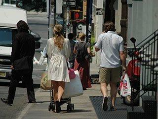 ショッピングにこりごり!な彼と一緒に買い物を楽しむには「候補を絞る」