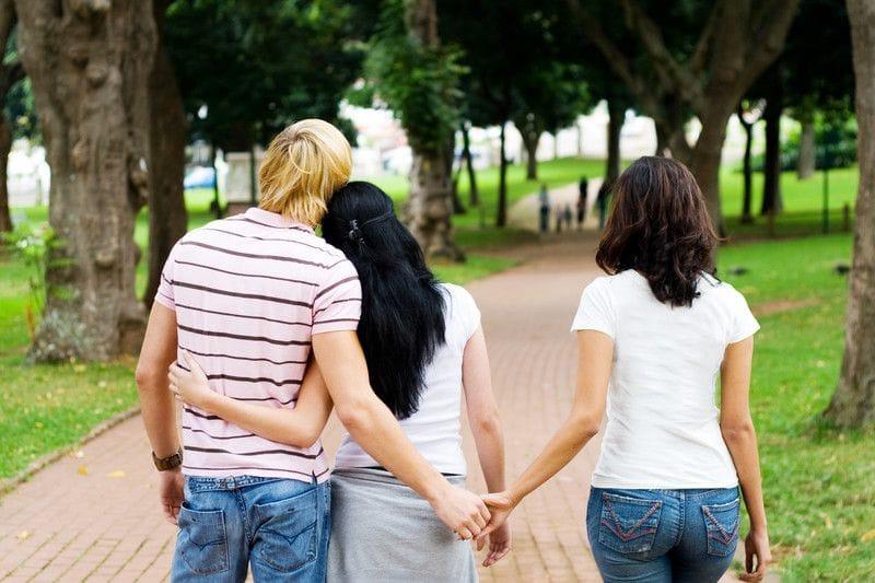 「女性が既婚男性に恋をしてしまう理由」は脳内のドーパミンにあった