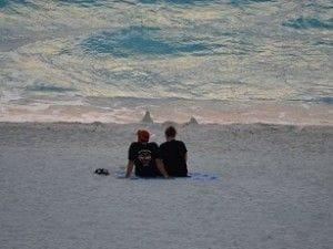 浜辺でのんびり