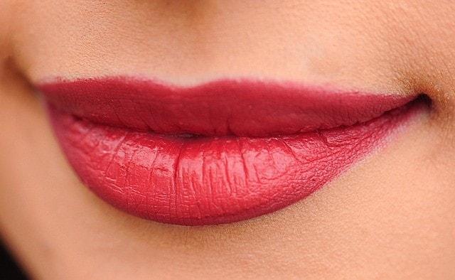 lips-1690875_640