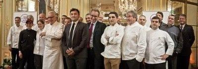 フランスの「トゥス・オ・レストラン」2014年のシェフ集合写真
