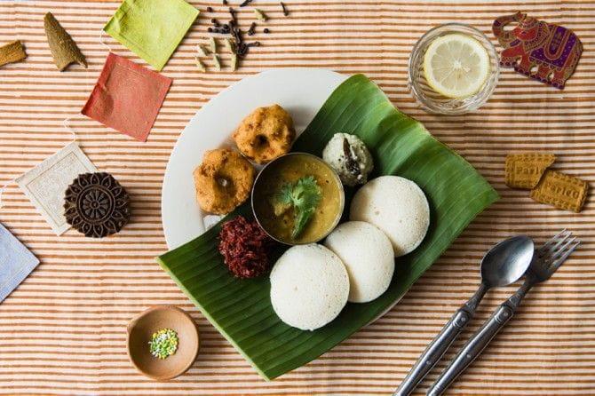 2014年7~8月のテーマは「インドの朝ごはん」。南インドの朝食メニューが食べられる。