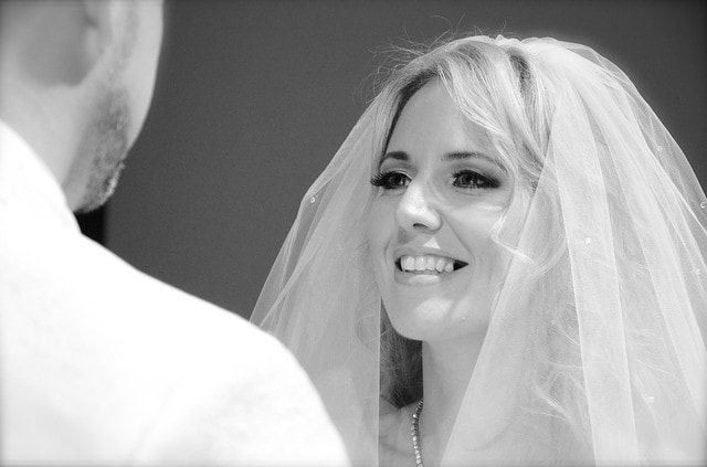wedding-2186220_640