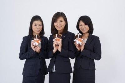 女性社員3名で結成された「野村NISAチーム」
