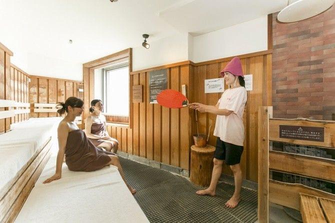 女性スタッフによるイベントも人気の「スカイスパYOKOHAMA」(神奈川県横浜市)