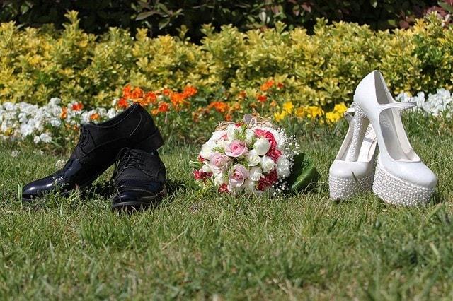 bride-groom-1050290_640