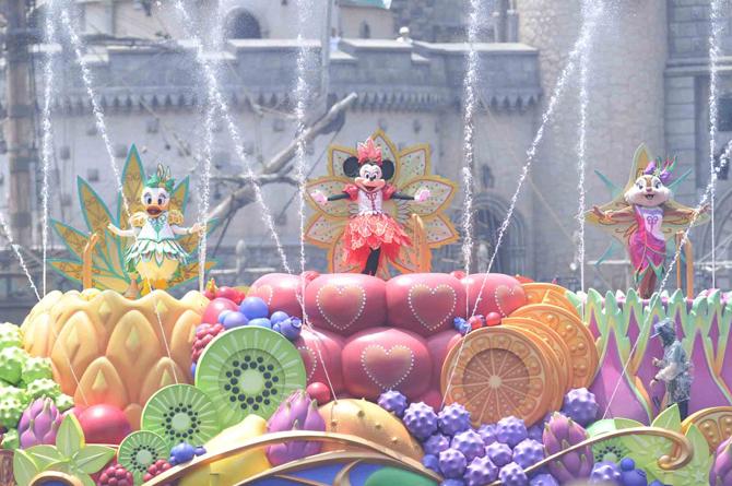 ミニーマウスが主役のウォータープログラム「ミニーのトロピカルスプラッシュ」(東京ディズニーシー(R))※写真はイメージです