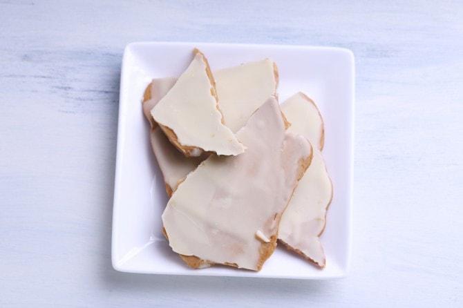 ホワイトチョコのクリーミーな甘さが女性に人気の「ホワイトチョコタフィー」