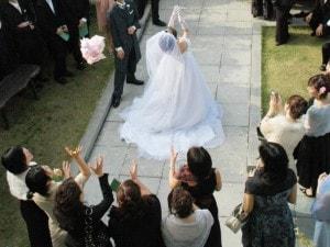 素直に祝福できなかった女友だちの結婚式