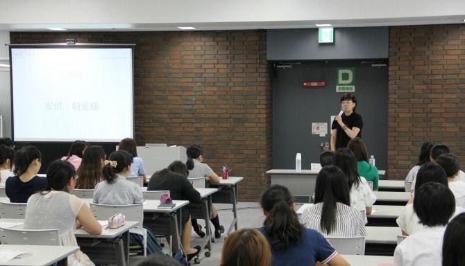 「結婚・出産=退職」じゃない! 安倍昭恵夫人が将来の働く女性たちに熱いエール
