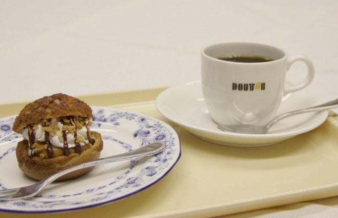 コーヒーのほろ苦さがひきたつほどよい甘さ