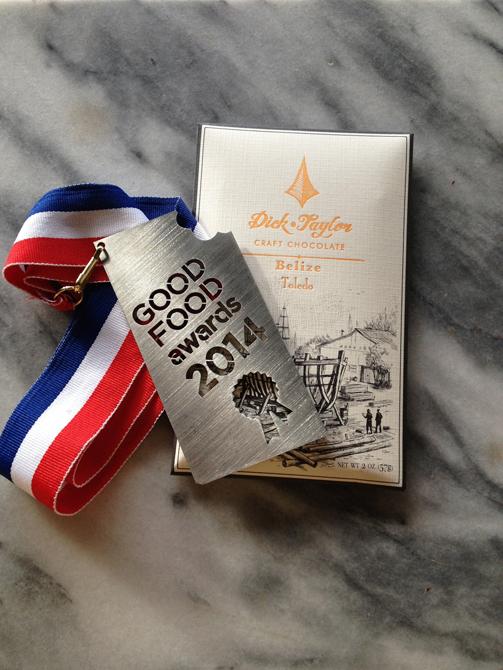 一番人気のベリーズ産は、2014年アメリカのグッドフードアワードを受賞「ディック・テイラー クラフトチョコレート ベリーズ・トレド」(税抜1800円/クロンティップ)