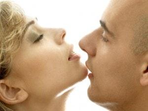 女性がキスでドキドキするカラダ...