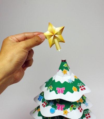 STEP3:星やオーナメントを飾ればできあがり