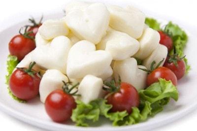 ハートのモッツァレラチーズ(1,880円・税別)