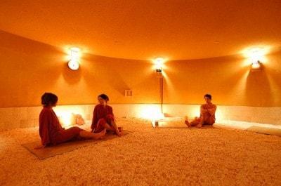 7つの部屋が楽しめる岩盤浴