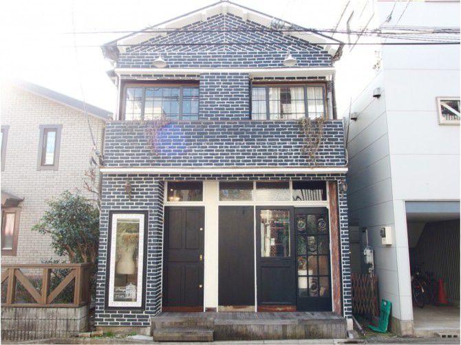 祐天寺駅から少し離れた住宅街にある一軒家。