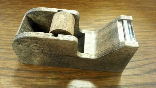 木製テープカッター(倉敷意匠計画室)