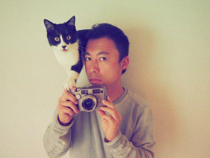 記念写真コーナーでは、プロの写真家数名が日替わりで撮影します。(画像:稲田喬晃)[1日(金)前田悟志(家猫専門ネコグラファー®)/2日(土)南幅俊輔(ソトネコ写真家)/3日(日)稲田喬晃(旅猫カメラマン)]