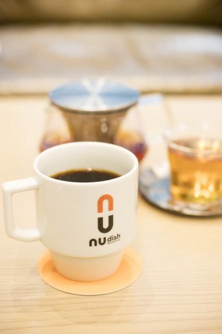 コーヒー 700円/オーガニック・アールグレイ 700円 (税抜き)