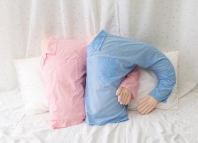 ピンク、ブルー、グレー 全3色展開 各3,400円