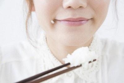 「ご飯 食べる女性」の画像検索結果