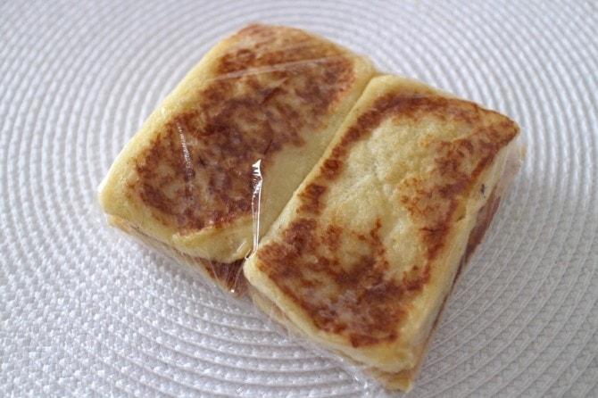 ラップされたフレンチトースト