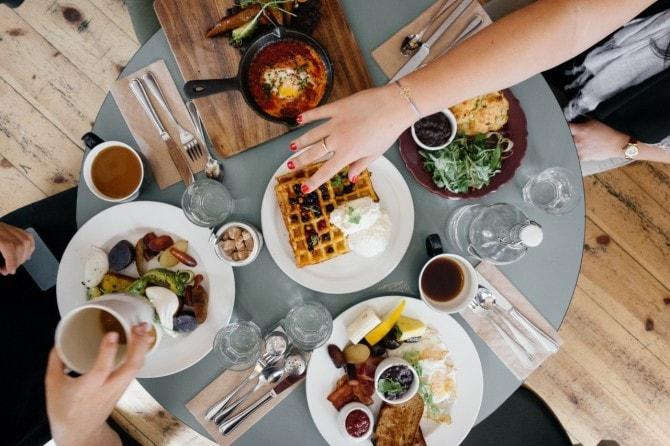 【管理栄養士が解説】ダイエット中の昼食は、何を選べばいいの?