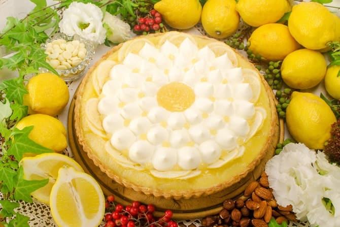 レモンとホワイトチョコムースのタルト
