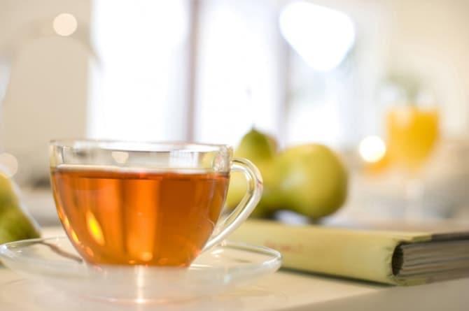 むくみを解消するお茶とは? 本当に効くお茶とその効果を専門家が解説