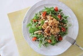 鶏胸肉ときのこのサラダ