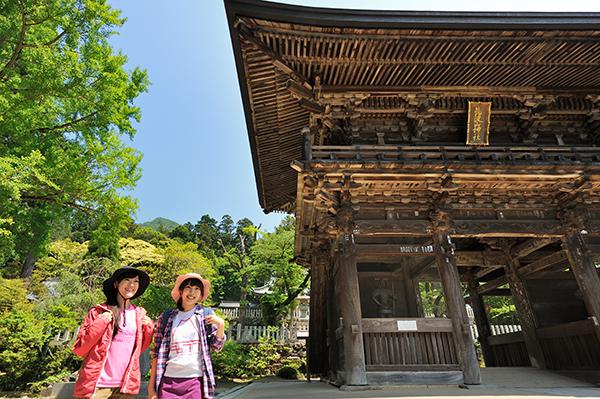 筑波山が御神体、三千年の歴史のある筑波山神社は「縁結び」でも人気!