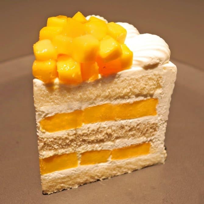 「エクストラスーパーマンゴーショートケーキ」3,500円(税別)