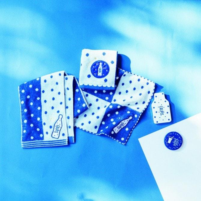 (写真左から)「クールフェイスタオル」1,404円、「クールミニタオル」各756円、「ミニミラーボトル型」972円、「丸型」648円