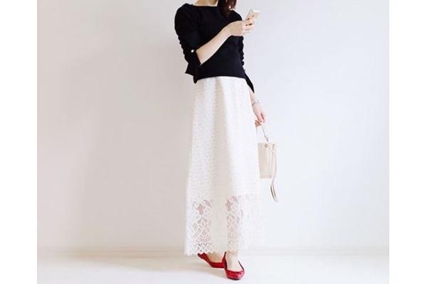 小柄さんでも美バランスに。軽やかレースのロングスカート #東京365日コーデ