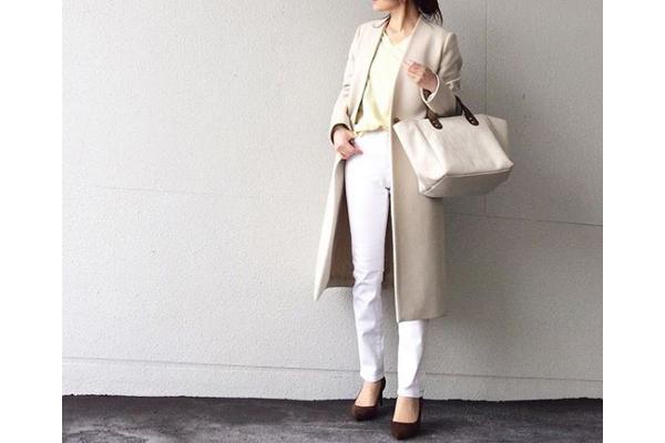 メンズライクなアイテムは、淡トーンで上品に着る #東京365日コーデ