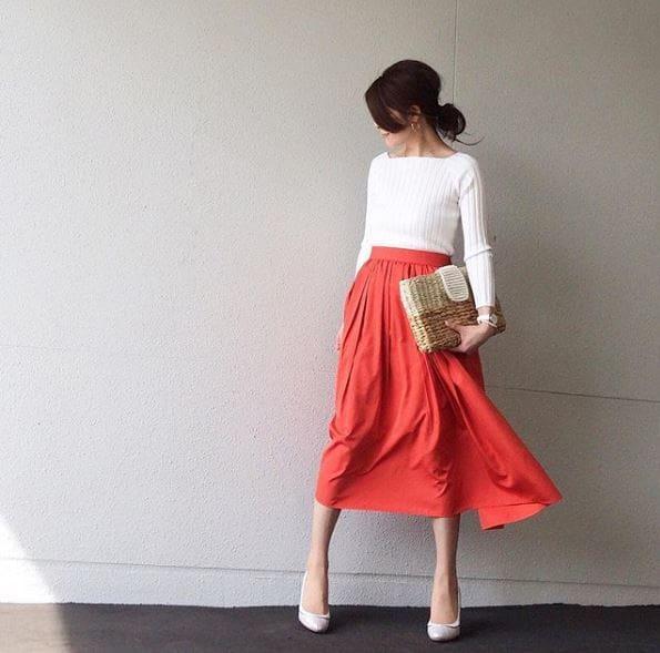 シンプルに目立とう。華やぎミディで女度UP #東京365日コーデ