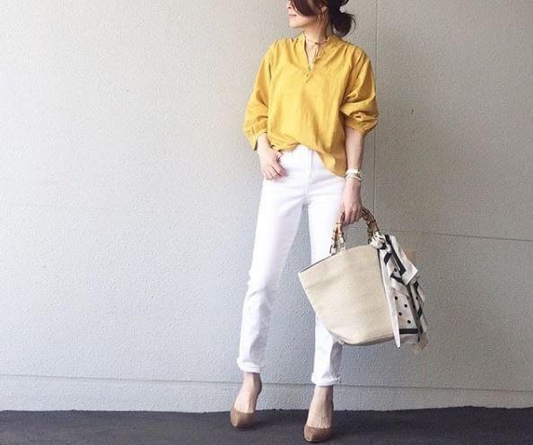 シャツ×パンツのワンツーコーデは、配色ワザが鍵 #東京365日コーデ