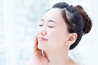 乾燥性敏感肌におすすめの肌ケア»
