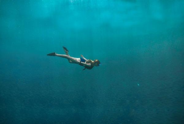 夢占い】泳ぐ夢の意味とは? 海、川、プールなど状況別に分析|「マイ ...