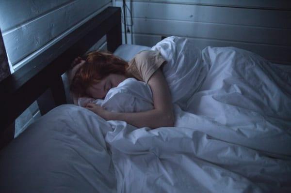 て 寝れ ない 時 し イライラ