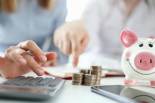 【FPに聞いてみた】将来が心配だけど、増えない貯蓄。知識のない私でも資産をつくれる方法、ありますか?