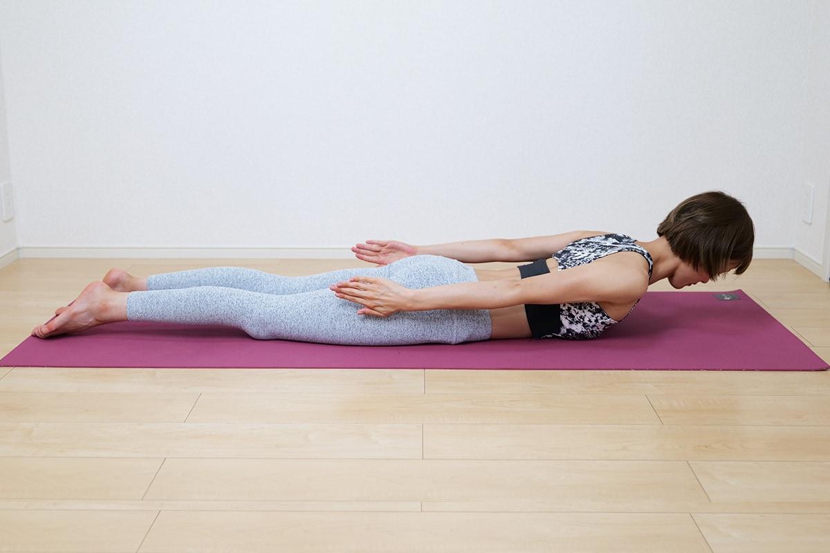 背中に効く自重トレーニングのやり方
