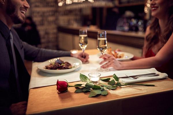 大人の女性なら押さえておきたい! 和洋コース料理基本のテーブルマナー