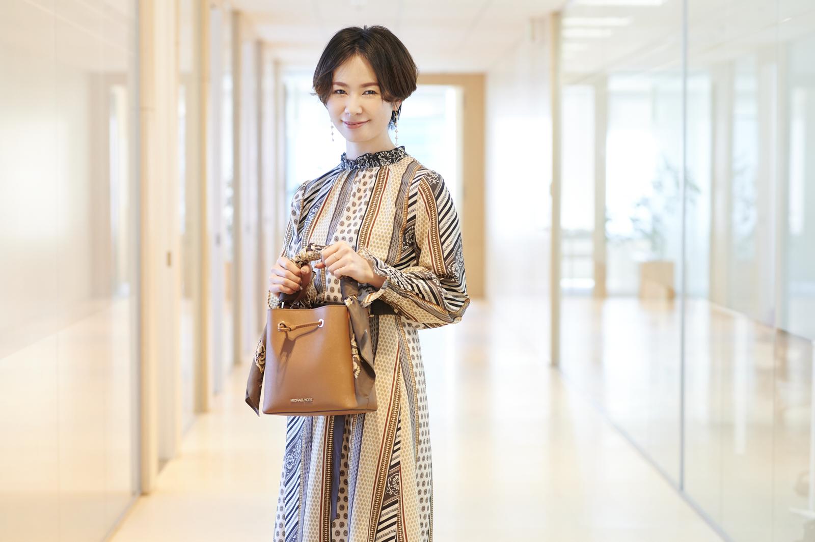 おしゃれなバッグに意外なキャラもの⁉ 美容専門PRコンサルタントの愛用品