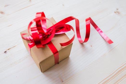 【イベント別】彼女を喜ばせるプレゼントランキング〜記念日・クリスマスほか〜